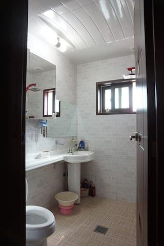 거실 화장실