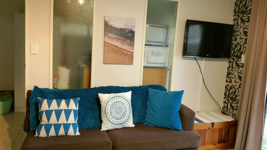 Lovely Beachside self contained unit