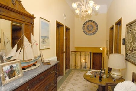 B&B GAY FRIENDLY 2 Torre Del Lago - Torre del Lago Puccini
