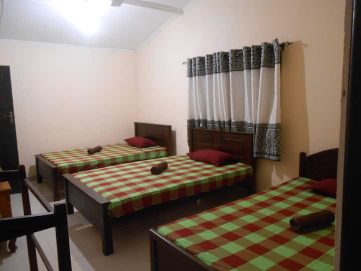 Amron hostel sigiriya