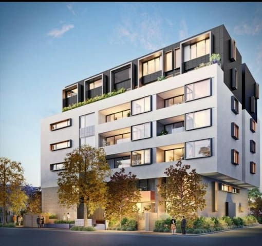 Be impressed with a well located sunny space! - Erskineville - Apartment