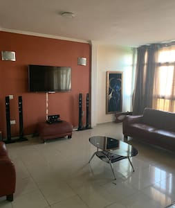 Furnish 3 bedrooms shared apartment in V/It