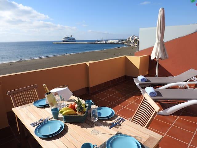 OCEAN VIEW PENTHOUSE II. PRIMERA LÍNEA DE PLAYA.
