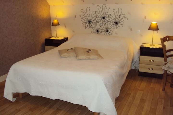 """Chambre """"Evasion"""" dans laquelle un lit d'appoint peut être installé"""