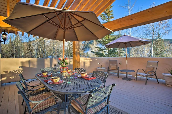 NEW! Home w/ Hot Tub + Free Vail Resort Shuttle!