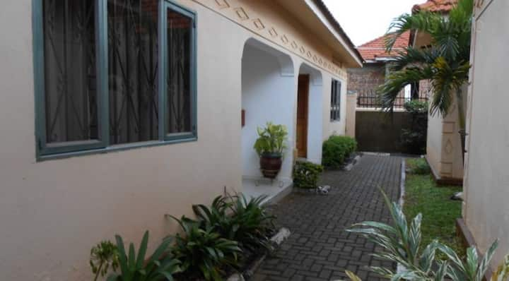 Lubowa Cottages