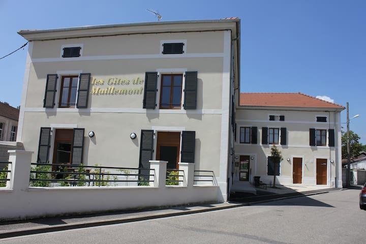 Gîtes de Maillemont 55200 lérouville Meuse - Lérouville - Oda + Kahvaltı