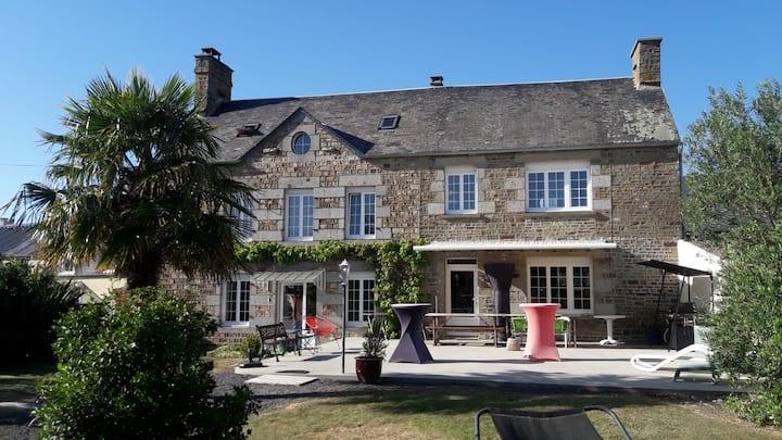 Maison  entière Carpe diem en baie  Mont St Michel