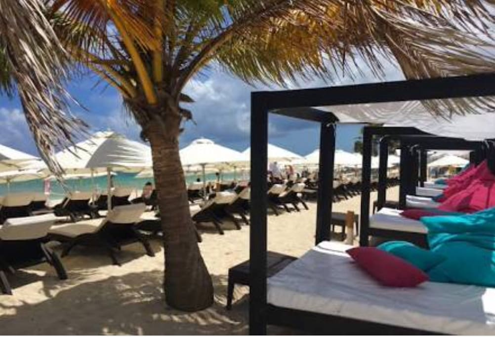 Free beach club Access to Martina during your whole stay,only a few blocks away