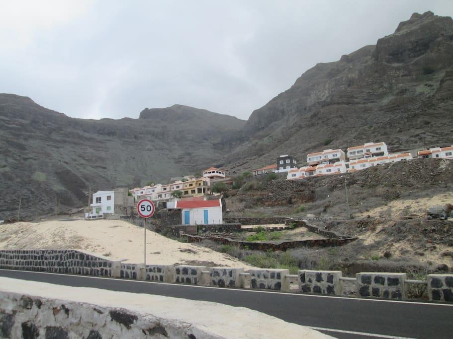 Villa located right under natural part of Monte Verde