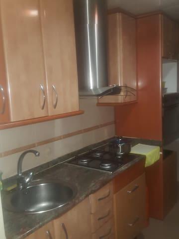 Habitación por 1 mes a 1 persona.