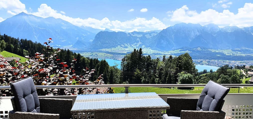 Luxus Apartment/Luxury Apartment - Thunersee/Alpen