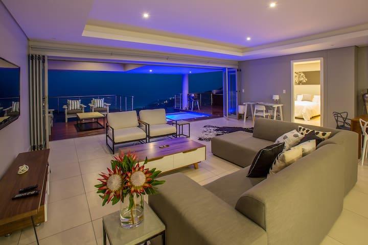 Luxury apartment & spectacular sea views, Simbithi