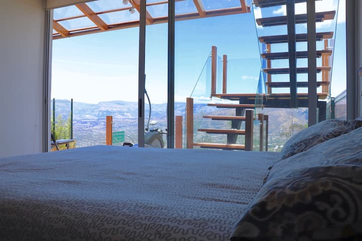 Habitaciones completas entre Quito y Cumbaya.
