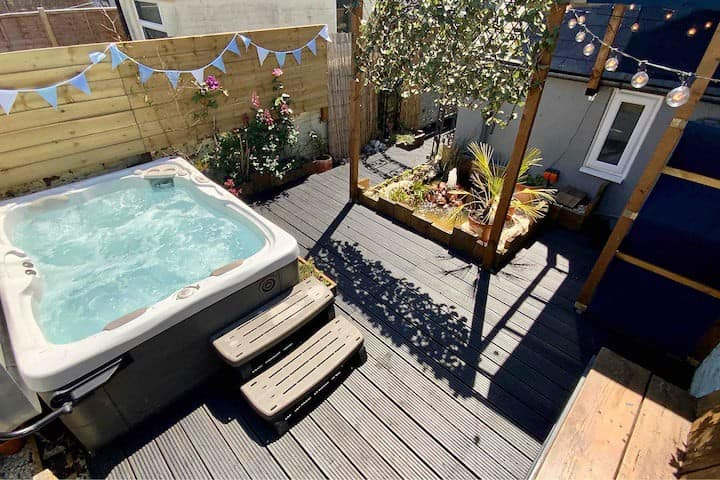 🏖Exclusive Smart apartment with Hydropool Hot Tub
