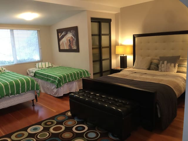 Luxury  room - แวนคูเวอร์ - ที่พักพร้อมอาหารเช้า