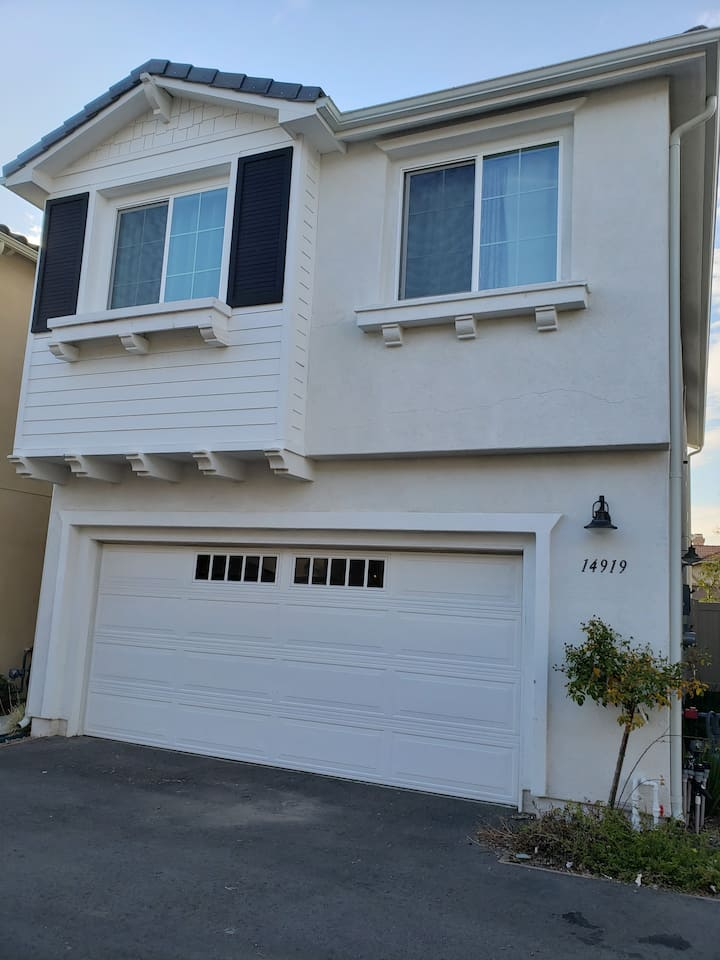 Affordable private room in San Fernando Valley