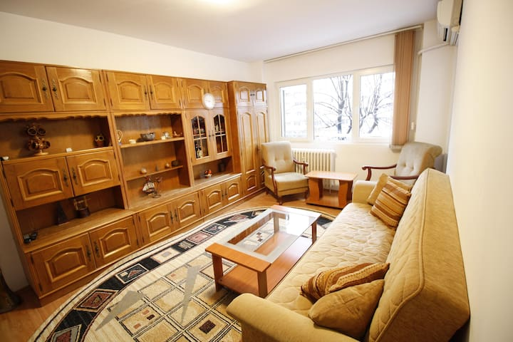 PANTELIMON EAST SIDE APT - 15 min to city center! - București - Apartment