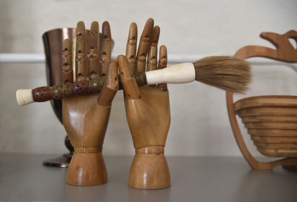 authentic vintage and design objects