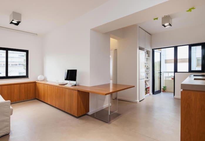 Design apartment very close to the beach