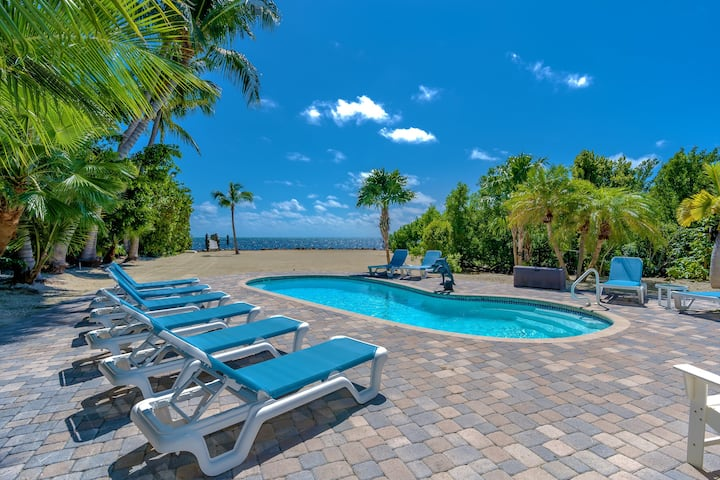Oceanfront Gated 5 Bedroom Estate Private Pool