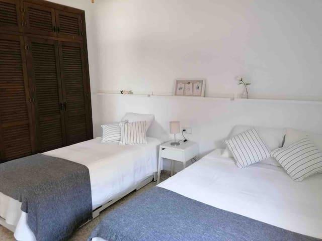 Dormitorio 3 con 1 cama de 135 y 1 cama de 90