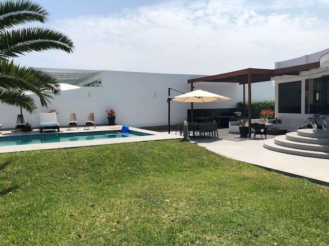 Casa de Playa y Campo en Asia Chocaya