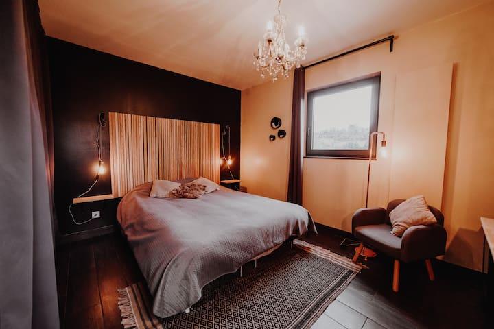 Chambre avec jacuzzi privatif