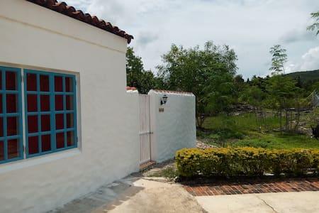 Casa Santa Barbara Cottage