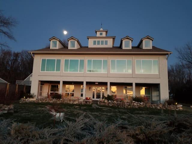 Chesapeake Bay Home with Pool!