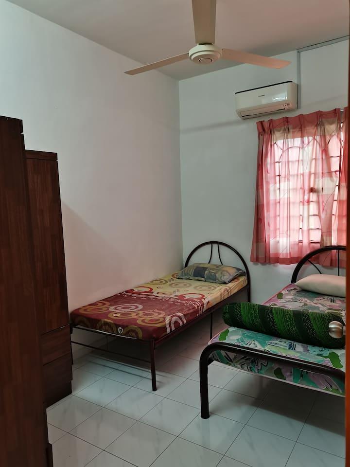 Room for rent at Kiara apartment