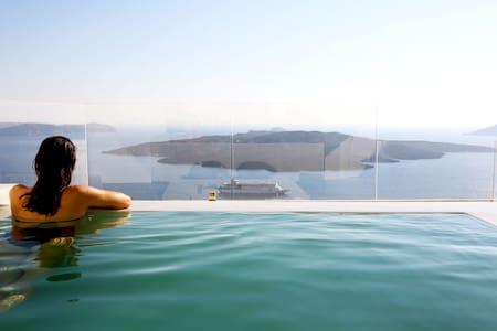 The Penthouse with private terrace and jacuzzi - Fira - Loft
