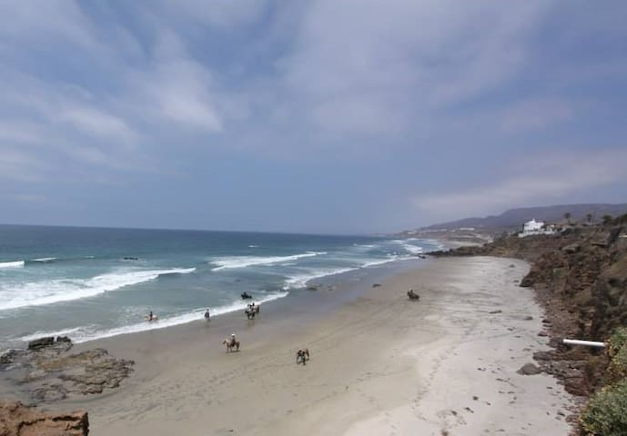 Great ocean view home in La Mision - Rosarito