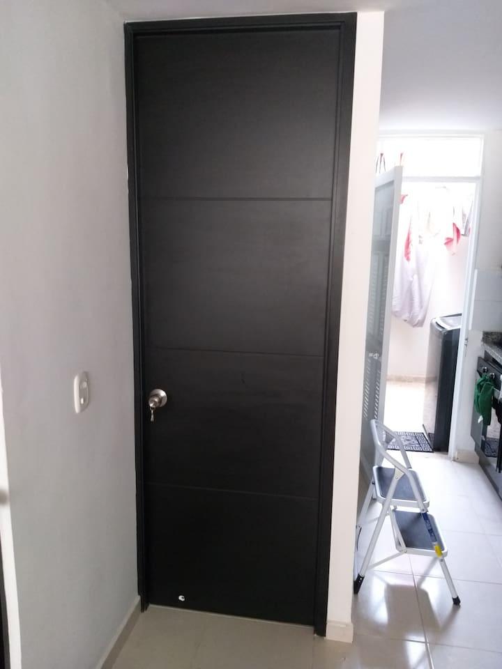 Puerta de la habitación