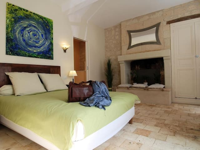 Double room-Ensuite with Shower-Comfort-City View-La Roche Bleue
