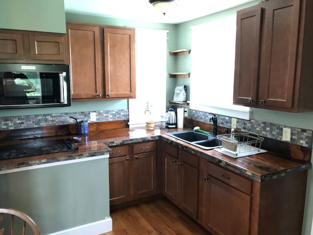 Farm Apt Retreat - 20 mins to downtown Cincinnati