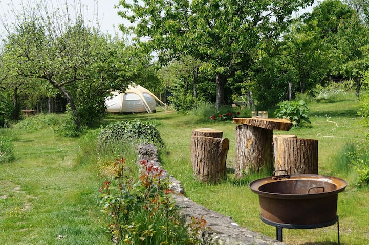 Glamping & Llamas at Loire  Valley Llama Farm Stay