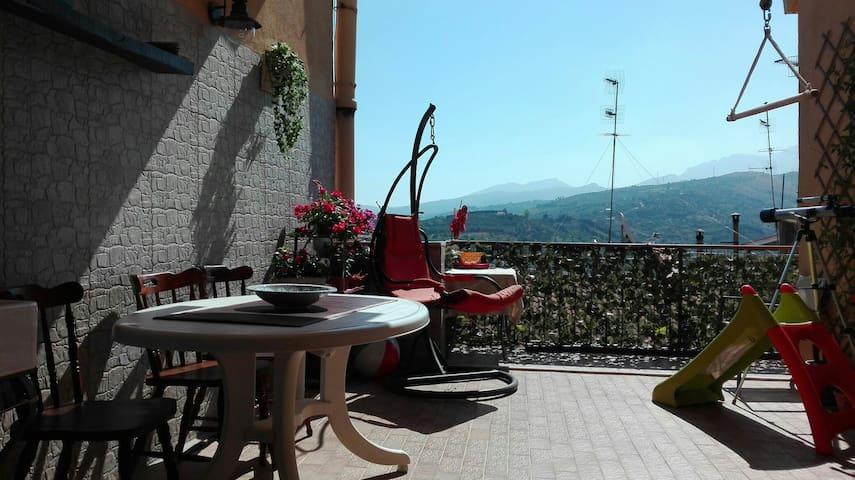 Panoramico attico Casa di Gloria - Campofelice di Roccella - Byt