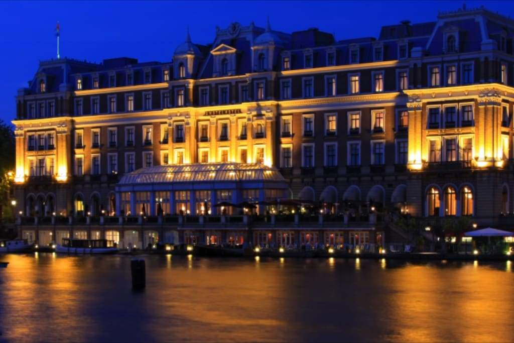 The Intercontinental Amstel Hotel is located on walking distance
