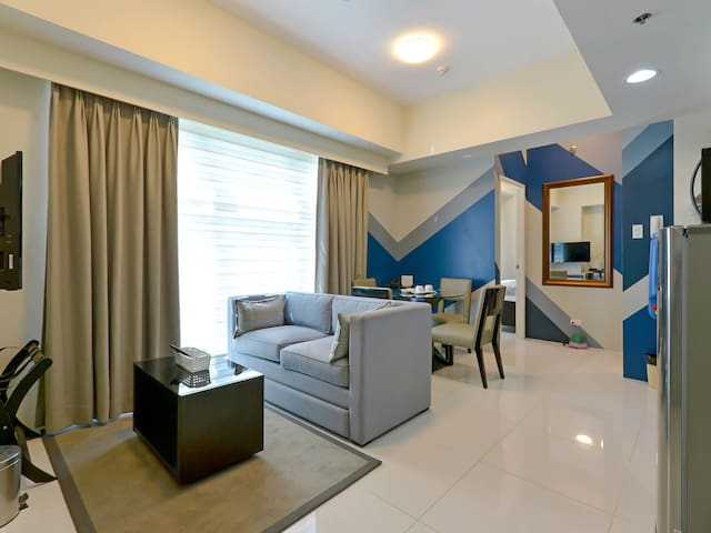 Fully Furnished 2 Bedroom at Currency Ortigas