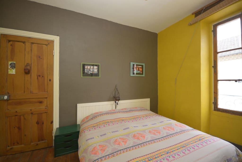 Chambre d 39 h te le modest 39 inn guesthouses louer - Chambre d agriculture languedoc roussillon ...