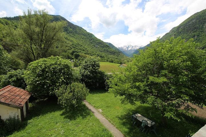 Proche randonnée station de ski et vue montagnes