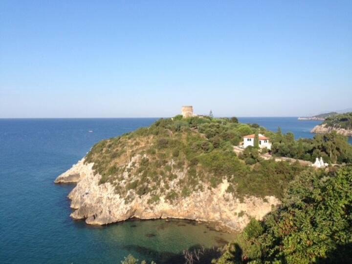 Gaeta dependance in Villa sul mare disp  7 gior
