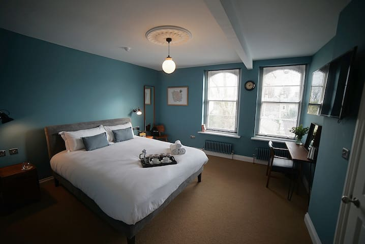 The Alma Taverns Boutique Suites - Room 1 - Hopewell