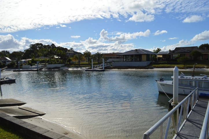 Anchorage Waterfront Duplex @ Yamba