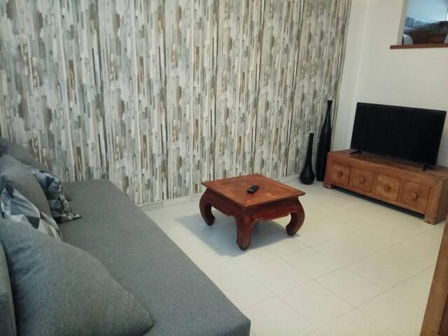 Acogedor apartamento con entrada independiente!