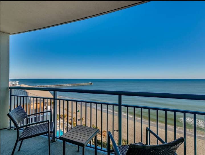 Luxury Direct Oceanfront 2BR&Balc/Heated Pools/Gym