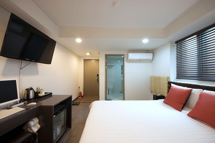 Myeongdong/namdaemun - Double room 10 - Jung-gu - Bed & Breakfast