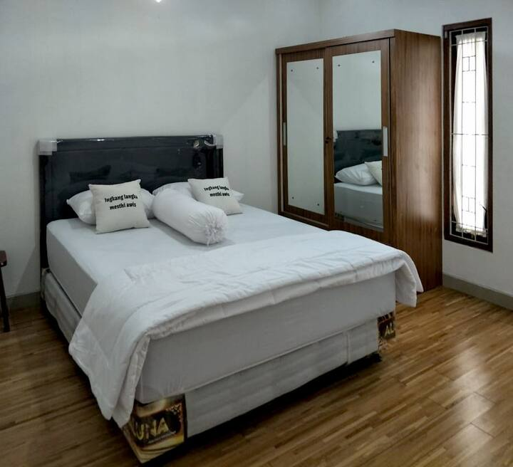 Sumarah Homestay 4 bed rooms