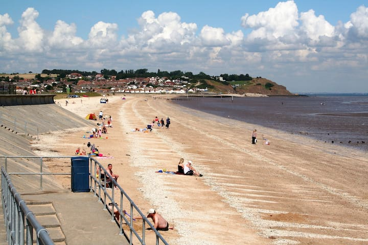 Coastal village ,Holiday park home Leysdown-on-sea
